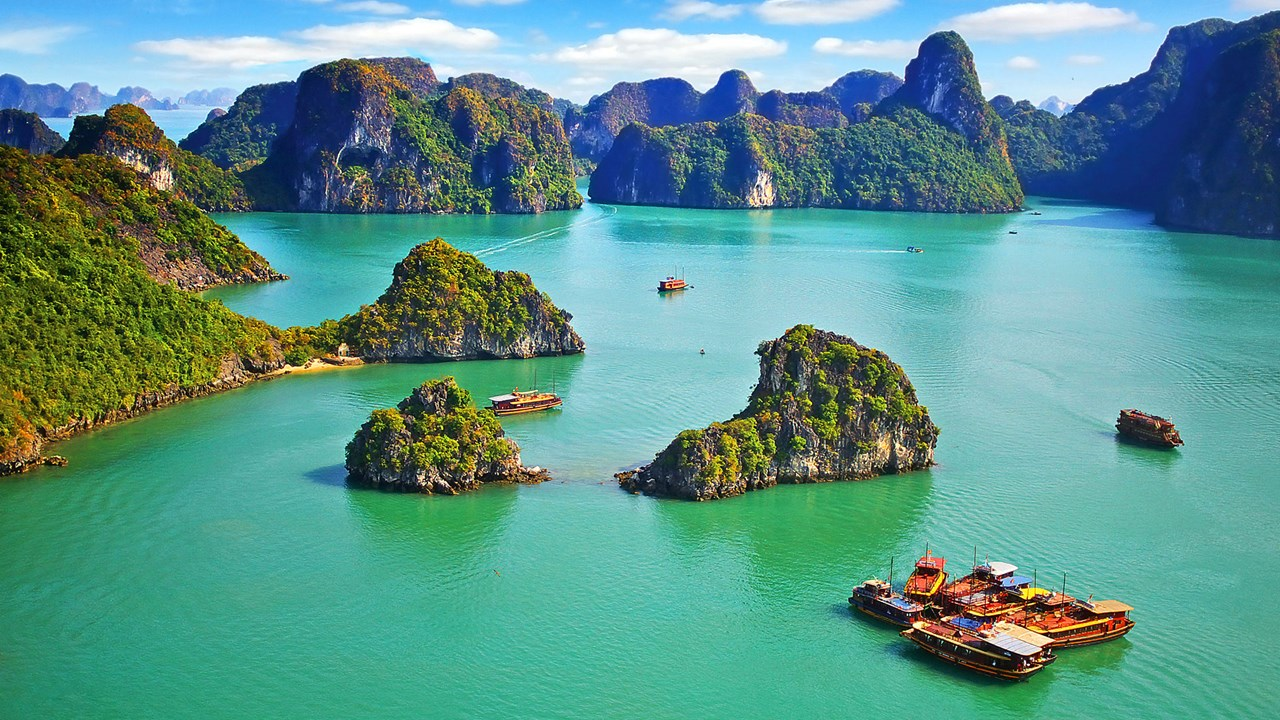 Vietnam Family Tour - 13 days from Hanoi to Ho Chi Minh (suitable for aged 5 and up)