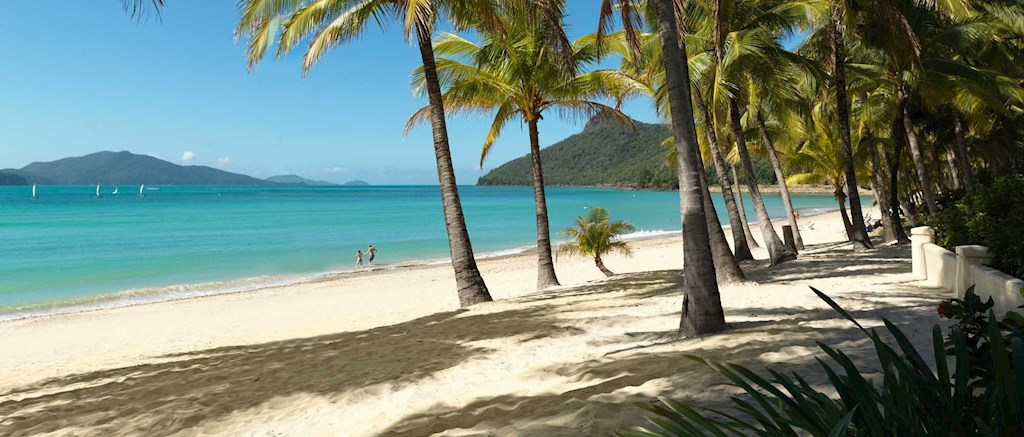 Hamilton Island Family of 5 package