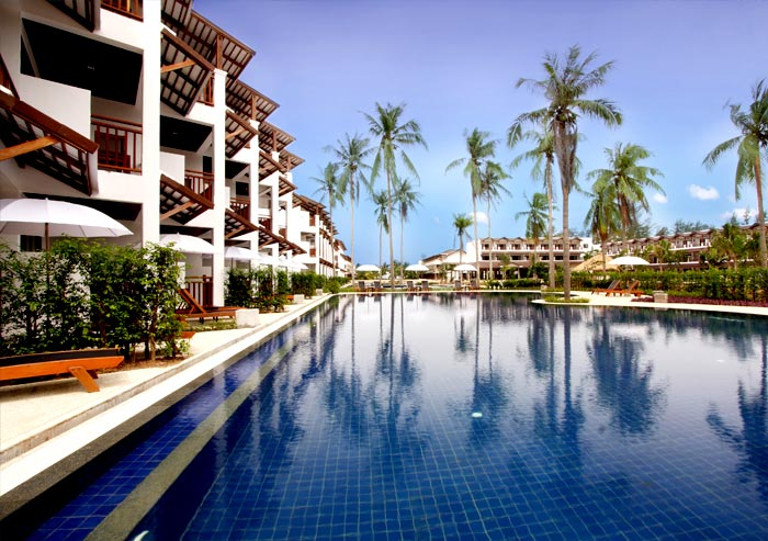 Sunwing Resort Kamala Beach – stay 8 nights pay for only 4