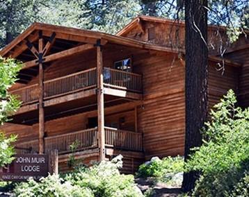 John Muir Lodge, Kings Canyon and Sequoia National Park, California USA