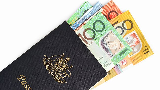 Simple tips to improve your money safety while travelling